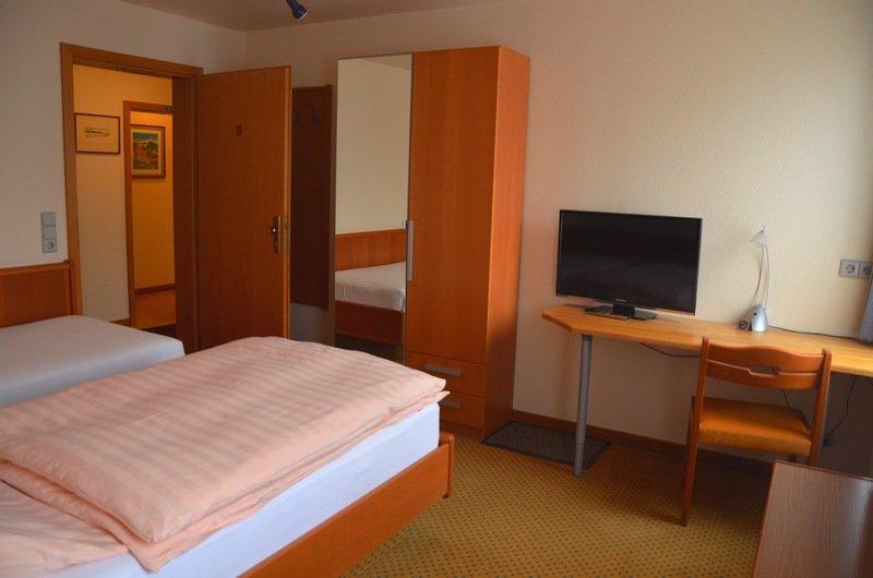 1 Zimmer Wohnung – Plochinger Str. 5