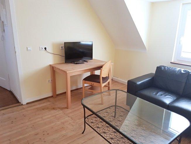 2 Zimmer Wohnung – Ziegelhüttenweg 2